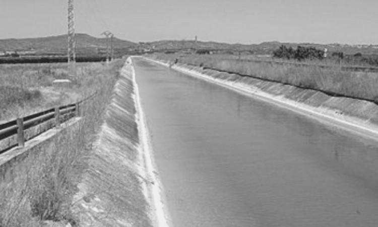 Hallan cadáver de mujer en canal de Chalchicomula de Sesma