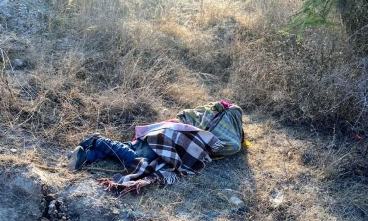 Abandonan cadáver encobijado en la junta auxiliar de San Pedro Zacachimalpa