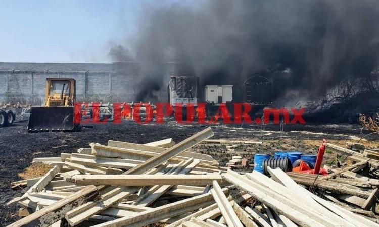 Domingo ardiente: Bomberos sofocan cuatro incendios en Puebla