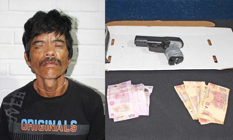 Detienen a asaltante de Oxxo en San Jerónimo Caleras