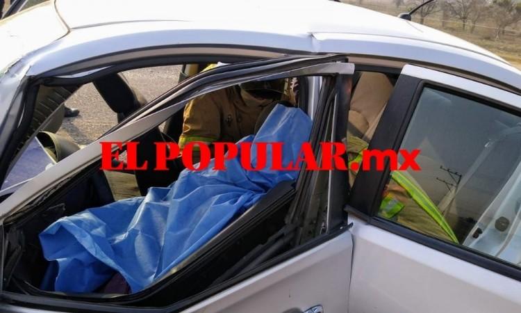 Automovilista muere prensada en choque frontal en Huejotzingo
