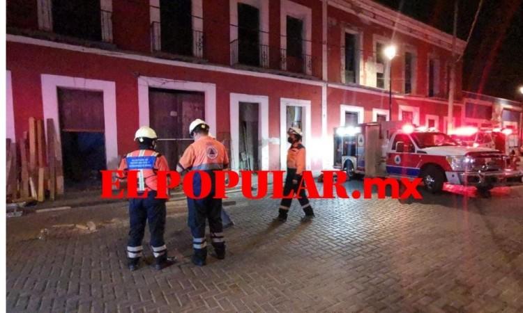 Derrumbe de casona deja un herido en el barrio El Alto