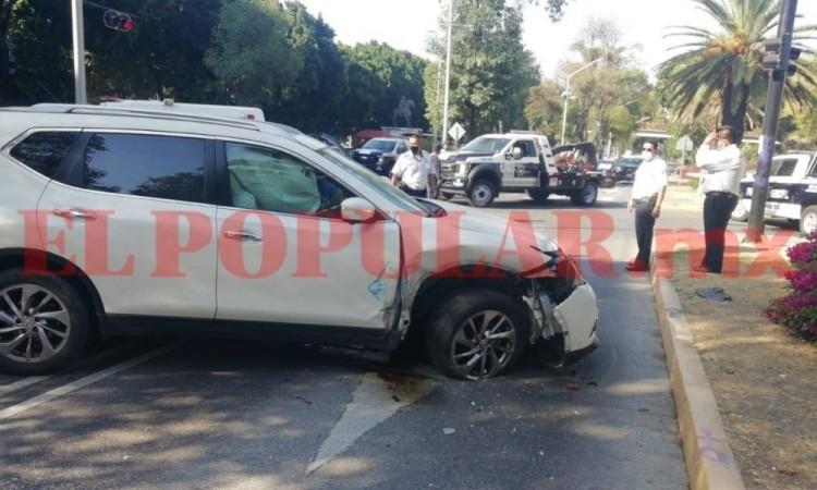 Policía municipal termina lesionada por choque a la altura del CENHCH
