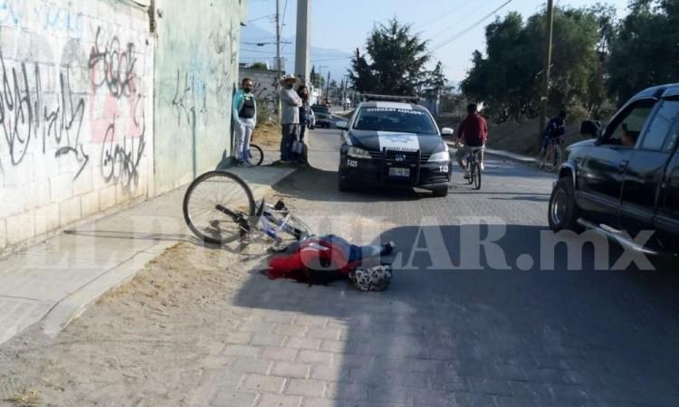 Mujer ciclista murió al ser impactada por vehículo en Amozoc de Mota