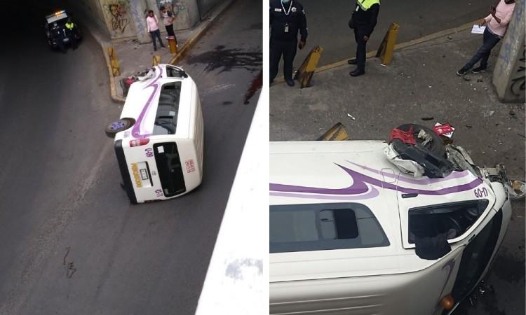 Volcadura de transporte público provoca cierre de circulación en CAPU