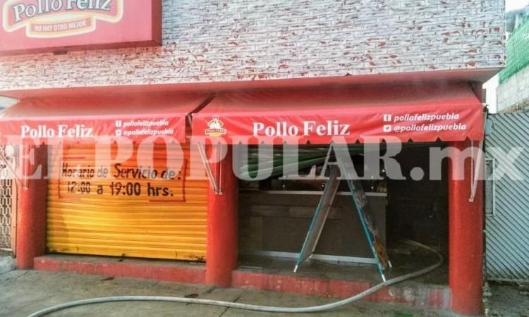 Incendio en una rosticería deja daños materiales en la avenida Vicente Guerrero y la calle Narciso Mendoza