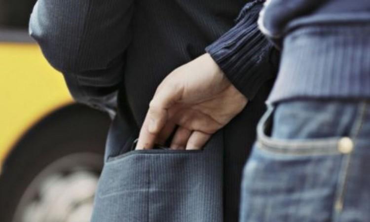 Carteristas roban a usuarios de transporte público San Francisco Totimehuacan