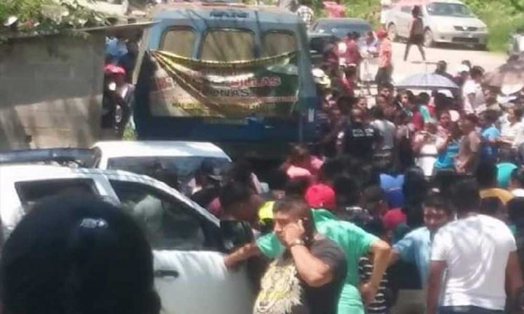 Riña entre grupo de personas en Pahuatlán deja al menos tres personas muertas