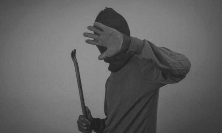 Presunto ladrón termina detenido y golpeado en Amozoc