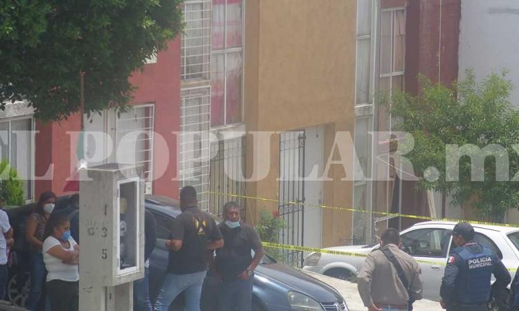 Asesinan a mujer a puñaladas en La Calera