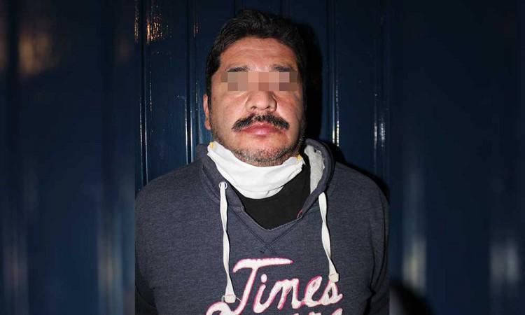 Hombre asesina a su yerno a puñaladas en la colonia San Miguel Hueyotlipan.