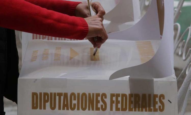Pareja es detenida en Coronango por supuesta compra de votos