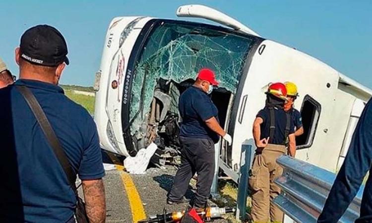 Volcadura de autobús en Reynosa deja varios muertos