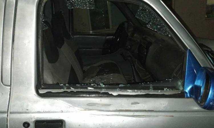 Vandalizan camioneta de Tito Ramírez, asesor legal del presidente electo de Huitzilan de Serdán